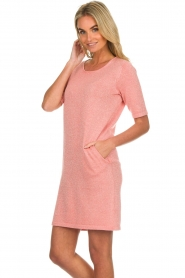 Knit-ted |  Dress with lurex finish Lies | pink  | Picture 5