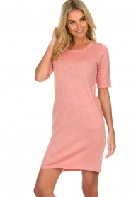 Knit-ted |  Dress with lurex finish Lies | pink  | Picture 2