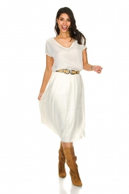Knit-ted |  Midi skirt with sheen finish Vinci | white  | Picture 3