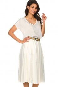 Knit-ted |  Midi skirt with sheen finish Vinci | white  | Picture 5