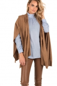 Knit-ted | Poncho Tara | bruin  | Afbeelding 2