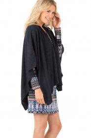 Knit-ted | Poncho Tara | blauw  | Afbeelding 4
