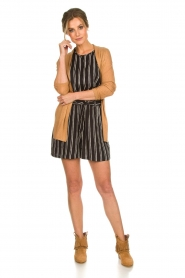 Knit-ted |  Shorts with vertical stripes Gisele | black   | Picture 3