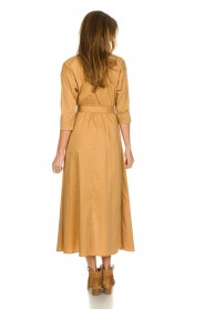 Patrizia Pepe |  Midi shirt dress with waistbelt Zita | camel  | Picture 4