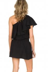 Rough Studios | One-shoulder jurk Foxi | zwart  | Afbeelding 5