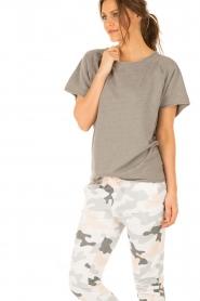 Juvia | T-shirt Essential | grijs  | Afbeelding 4
