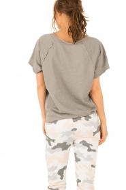 Juvia | T-shirt Essential | grijs  | Afbeelding 5
