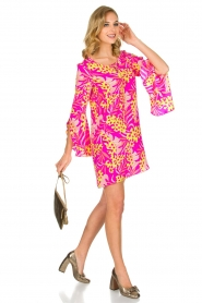 Alice & Trixie |  Dress Hailee with cheerful flower print | Pink  | Picture 3