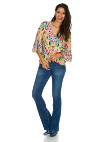 Alice & Trixie |  100% silk top Paisley | Yellow  | Picture 3