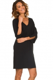 D-ETOILES CASIOPE |  Wrinkle free stretch dress Riche | black  | Picture 4
