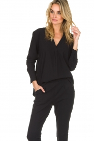 D-ETOILES CASIOPE |  Wrinkle free stretch top Regine | black  | Picture 4