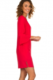 Kocca |  Dress with pleated sleeve ends Roches | red  | Picture 4