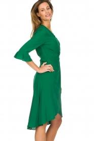 Dante 6 | Jurk met plooidetail Naomi | groen  | Afbeelding 5