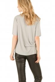 By Malene Birger | T-shirt Mindado | grijs  | Afbeelding 5