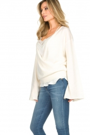 Dante 6 |  Luxurious merino mix wrap sweater Avery | white  | Picture 4