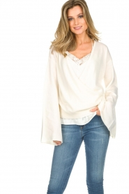 Dante 6 |  Luxurious merino mix wrap sweater Avery | white  | Picture 3
