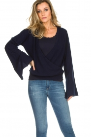 Dante 6 |  Luxurious merino mix wrap sweater Avery | blue  | Picture 3
