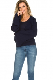Dante 6 |  Luxurious merino mix wrap sweater Avery | blue  | Picture 2
