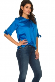 Dante 6 |  Satin top with bow cuffs Marble | blue  | Picture 5