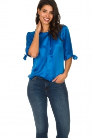 Dante 6 |  Satin top with bow cuffs Marble | blue  | Picture 2