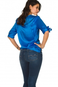 Dante 6 |  Satin top with bow cuffs Marble | blue  | Picture 6