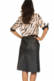 Dante 6 |  Satin top with bow cuffs Marble Print | beige  | Picture 5