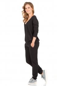 Juvia | Sweatpants Stripe | zwart  | Afbeelding 3