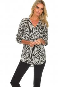Aaiko |  Zebra top Merida | zwart  | Picture 3