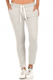 Juvia | Sweatpants Stripe | grijs  | Afbeelding 2