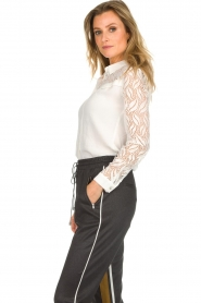 Aaiko |  Blouse with lace sleeves Cita | white  | Picture 4