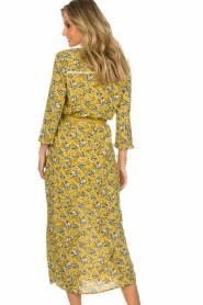 Aaiko |  Maxi dress Seleni | ochre yellow  | Picture 5