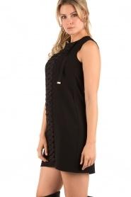 ELISABETTA FRANCHI | Lace-up jurk Ballare | Zwart  | Afbeelding 4