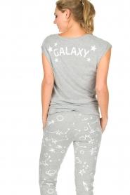 Juvia | Katoenen T-shirt Galaxy | grijs  | Afbeelding 5