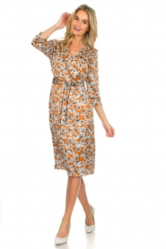 Aaiko |  Dress with print Inez | camel  | Picture 3