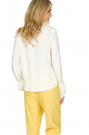 Knit-ted |  Blouse Evy | White  | Picture 5
