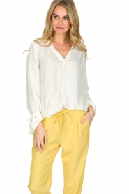 Knit-ted |  Blouse Evy | White  | Picture 6