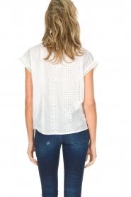 Knit-ted | Top met borduursels Alice | gebroken wit  | Afbeelding 4