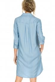 Knit-ted | Spijkerjurk Noor | blauw  | Afbeelding 6