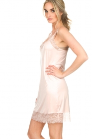 Hanro |  Slip dress with lace Fleur | pink  | Picture 4
