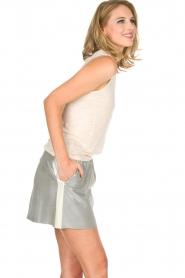 Not Shy | 100% linnen top Audrey | beige  | Afbeelding 5