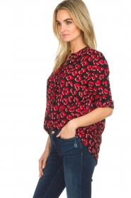 Lolly's Laundry | Blouse met rode panterprint Ellinor | print  | Afbeelding 4