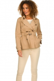 Arma |  Short trench coat Melanie | brown  | Picture 2