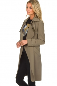 Arma |  Studio Ar trench coat Cecilia | green  | Picture 6