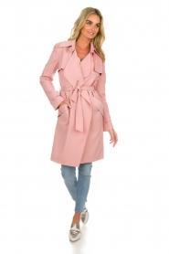 Arma |  Studio Ar trench coat Cecilia | pink  | Picture 3