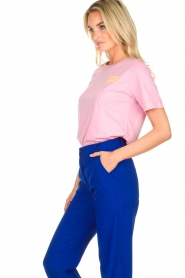 Essentiel Antwerp | T-shirt Iris | pink  | Picture 4