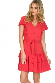Sessun |  Dress with ruffles Mocinno | red  | Picture 2