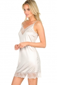 Hanro |  Slipdress with lace Jolina | natural  | Picture 3