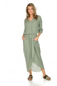 Rabens Saloner | Maxi-jurk Sanna | groen  | Afbeelding 2