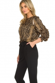 Munthe |  Blouse with snake print  Andy | black   | Picture 4
