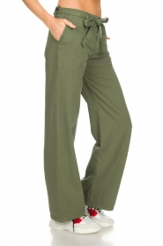 Lois Jeans |  Wide leg cotton pants Noemi | green  | Picture 4